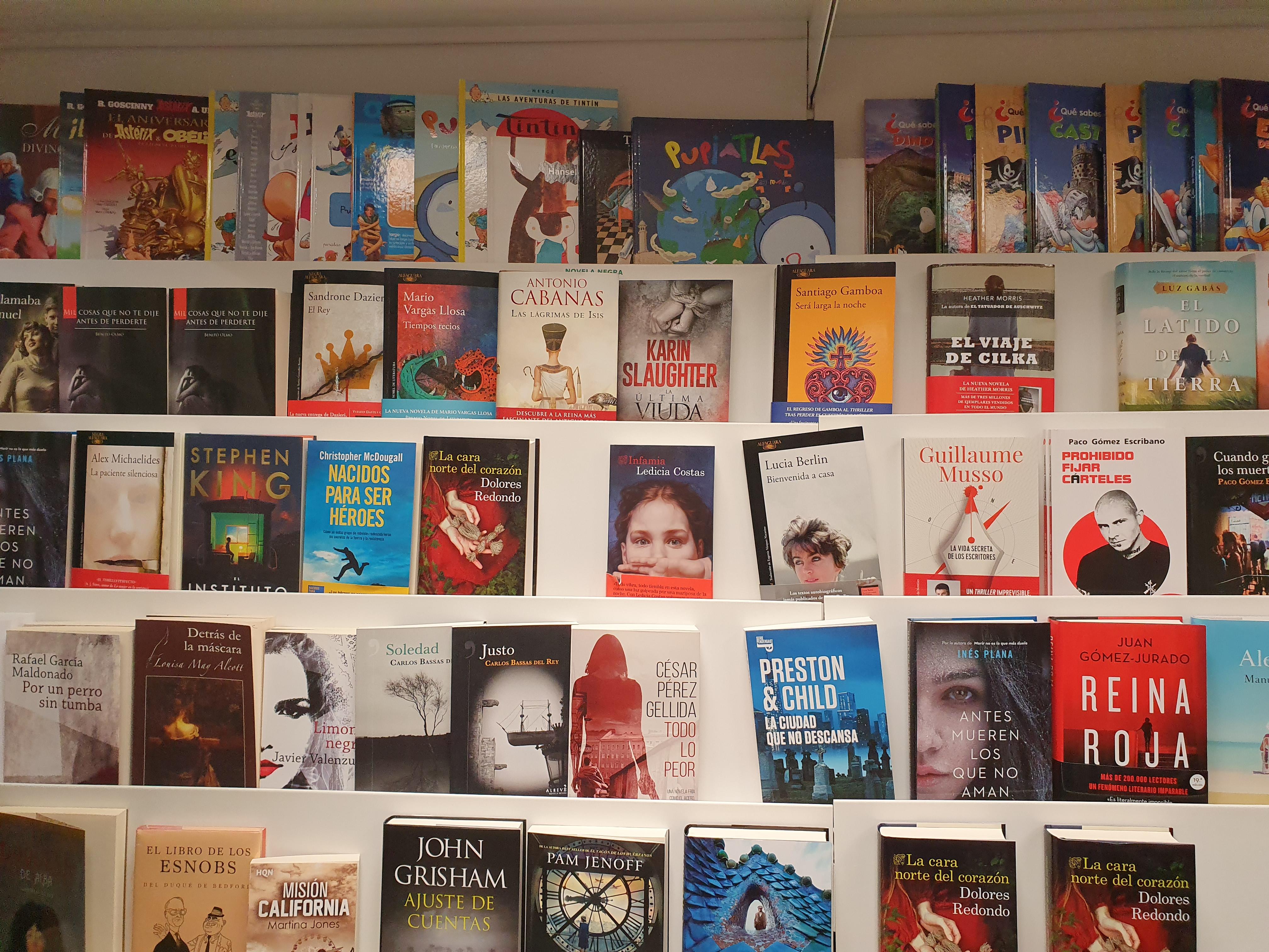Librería Compás